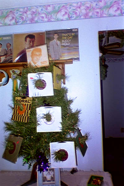 BUDDY_HOLLY_AND_THE_CRICKETS_CHRISTMAS_TREE