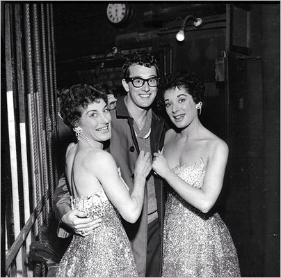 BUDDY_AND_THE_TANNER_SISTERS_LONDON_1958.jpg