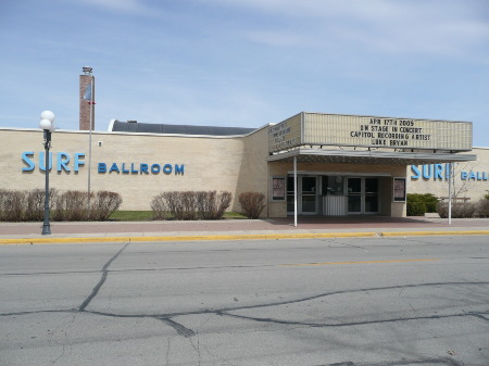 SURF BALLROOM CLEAR LAKE IA APRIL 2009