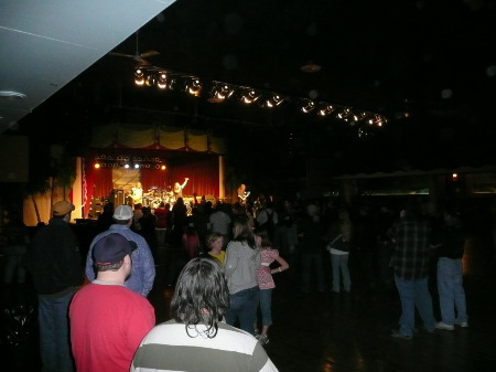 SURF BALLROOM IN ACTION - April 11, 2009
