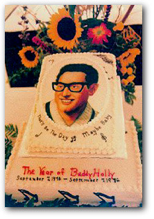 Buddy_Holly_Cake.jpg