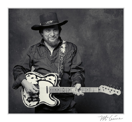 Professional_Waylon_Jennings_Photo.jpg