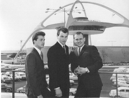 THE_CRICKETS_1962_LA_INT_AIRPORT.jpg